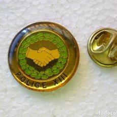 Militaria: PIN POLICIAL. POLICÍA DE FRANCIA. AMICALE POLICE XIII. Lote 257335105