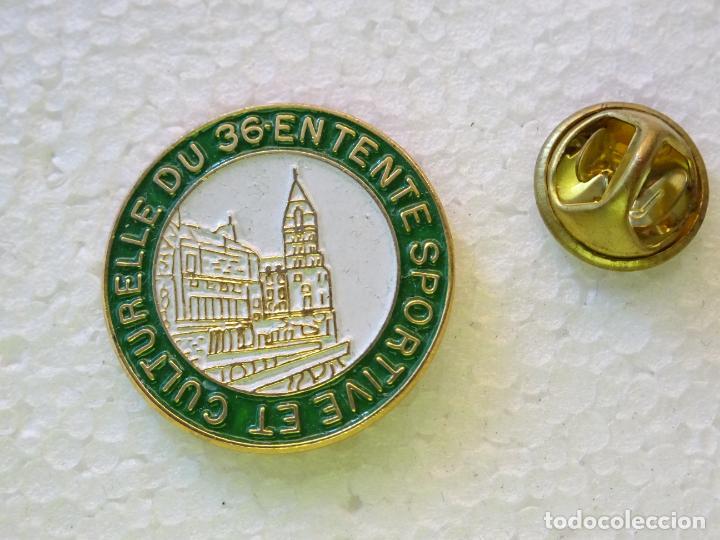 PIN POLICIAL. FEDERACIÓN DEPORTIVA DE LA POLICÍA FRANCESA. 36 ENTENTE SPORTIVE CULTURELLE (Militar - Insignias Militares Internacionales y Pins)