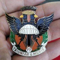 Militaria: RARA INSIGNIA BRIPAC PARACAIDISTAS TRIUNFAR O MORIR. Lote 261850495