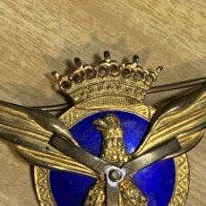 Militaria: ROKISKI INSIGNIA PECHO PILOTO AVIACION CIVIL ESMALTE CORONA EPOCA FRANCO HELICE PALAS RECTANGULARES. Lote 263576720