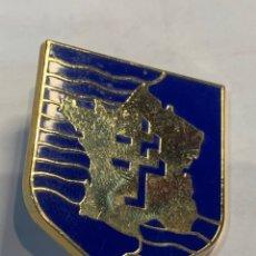 Militaria: DISTINTIVO DE PECHO 2 DIVISIÓN BLINDADA EJÉRCITO FRANCÉS COMANDADI POR PHILIPE LECERC II GUERRA MUND. Lote 265120154