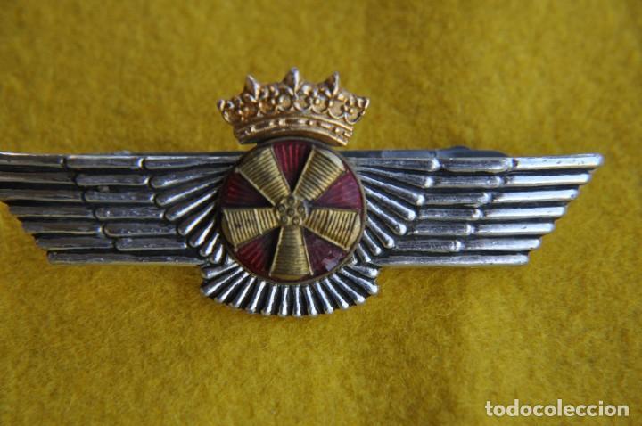 AVIACION ROKISKI DE MECANICO.DE MANTENIMIENTO DE AVION. (Militar - Insignias Militares Españolas y Pins)