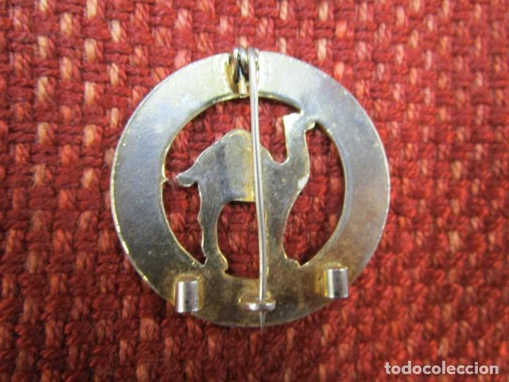 Militaria: Distintivo de permanencia - Provincia del Sáhara Español - de aguja, 40mm 11gr + INFO - Foto 2 - 268437339