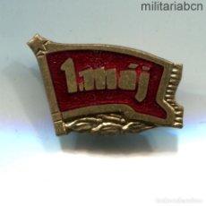 Militaria: REPÚBLICA SOCIALISTA DE CHECOSLOVAQUIA. INSIGNIA DE SOLAPA DEL 1º DE MAYO DE 1953.. Lote 269359118
