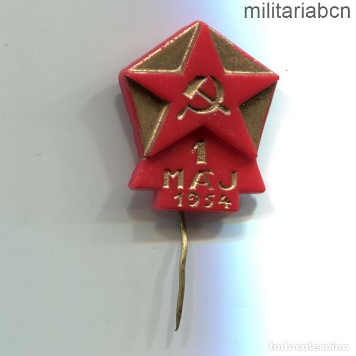 REPÚBLICA SOCIALISTA DE CHECOSLOVAQUIA. INSIGNIA DE SOLAPA DEL 1º DE MAYO DE 1954. (Militar - Insignias Militares Internacionales y Pins)