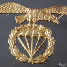 Militaria: INSIGNIA BRIPAC - ÁGUILA BOINA BRIGADA PARACAIDISTA - MARCA SAIZ. Lote 274604863