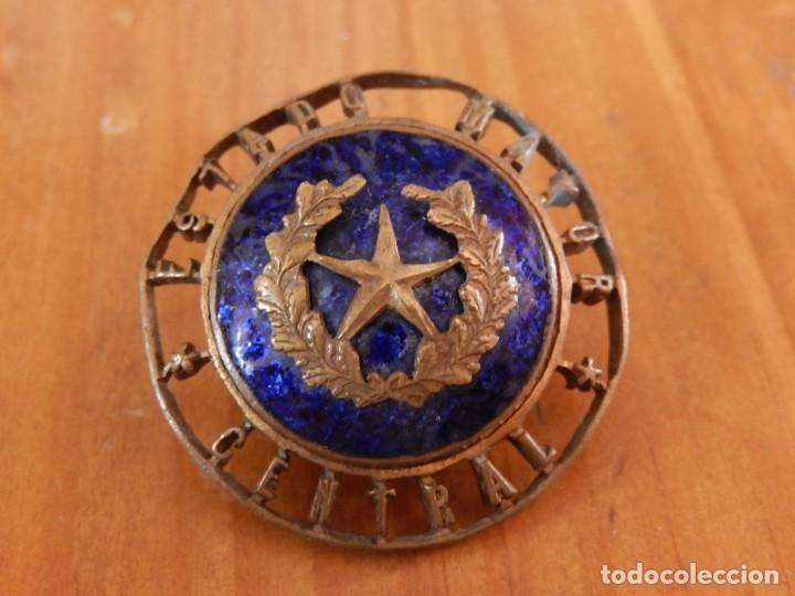 Militaria: Distintivo del Estado Mayor Central. Época de Franco. Numerado. - Foto 2 - 275900488