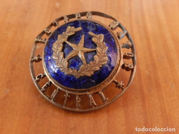 Militaria: Distintivo del Estado Mayor Central. Época de Franco. Numerado. - Foto 6 - 275900488