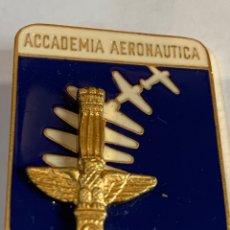 Militaria: DISTINTIVO DE PECHO -ACCADEMIA AERONÁUTICA DE ITALIA - FORMACIÓN DE OFICIALES FUERZAS AÉREAS.. Lote 277260813
