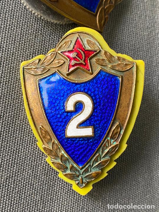 Militaria: SOVIET ARMY BREAST BADGES 3 rd. Y 2 rd. CLASS . SPECIALIST USSR MILITARY RANK BADGES - Foto 3 - 277463773