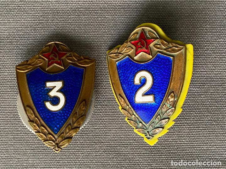 Militaria: SOVIET ARMY BREAST BADGES 3 rd. Y 2 rd. CLASS . SPECIALIST USSR MILITARY RANK BADGES - Foto 4 - 277463773