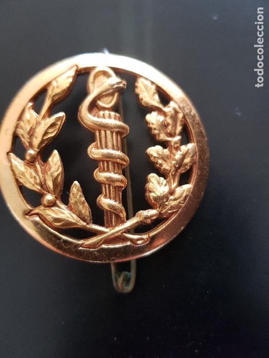 MEDICINA (Militar - Insignias Militares Internacionales y Pins)