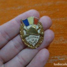 Militaria: ANTIGUA INSIGNIA EMBLEMA RUMANO VETERAN DE RAZBOI, ORIGINAL, RUMANIA, II GUERRA MUNDIAL ?. Lote 278418283