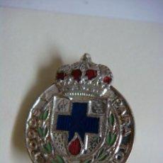 Militaria: INSIGNIA ANTIGUA DE ALFILER DE DONANTES DE SANGRE PLATEADA-(&). Lote 278421533