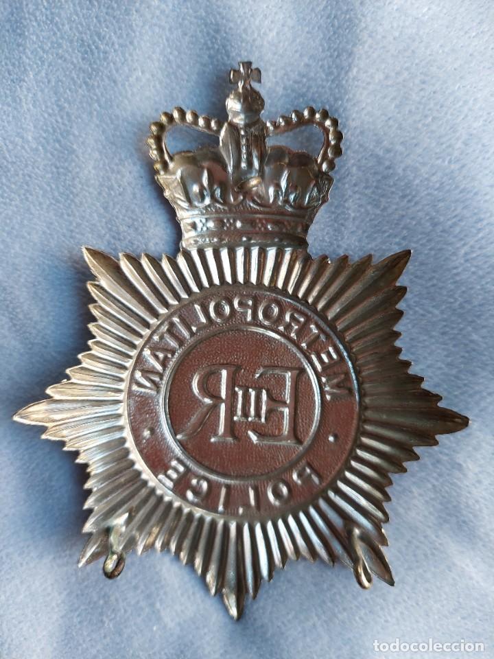 Militaria: INSIGNIA DE CASCO DE BOBBY BRITANICO. METROPOLITAN POLICE. GRAN TAMAÑO. POLICIA DE LONDRES. - Foto 2 - 288466248