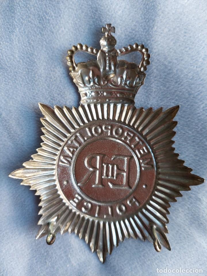 Militaria: INSIGNIA DE CASCO DE BOBBY BRITANICO. METROPOLITAN POLICE. GRAN TAMAÑO. POLICIA DE LONDRES. - Foto 4 - 288466248