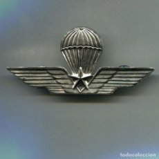 Militaria: ITALIA. REPÚBLICA ITALIANA. ALAS DE PARACAIDISTA. MODELO CON ESTRELLA.. Lote 295430383