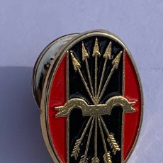 Militaria: INSIGNIA O PIN O EMBLEMA FALANGE ESPAÑOLA DE LAS JONS,FRANQUISTA,FRANCO,SEU,OJE,CARLISTA. Lote 295736068