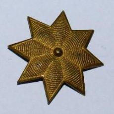 Militaria: TRES ESTRELLAS DE 8 PUNTAS, EPOCA DE ALFONSO XIII, MIDEN 3,2 CMS.. Lote 296764928