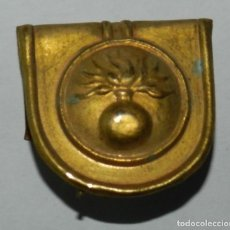 Militaria: CHAPA PARA GORRO ROS DE ARTILLERIA, MIDE 2,5 CMS. APROX. EPOCA ALFONSO XIII.. Lote 296782663