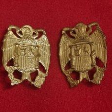 Militaria: LOTE DOS EMBLEMAS AGUILA FRANCO, POLICÍA PMM. Lote 297380173