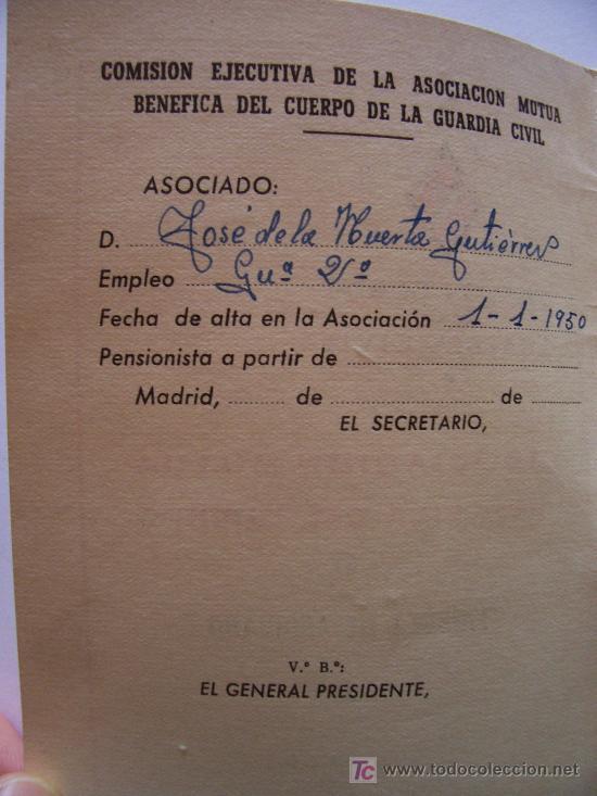 Militaria: guardia civil: libreta de asociado, asociacion mutua benefica del cuerpo , 1965 - Foto 2 - 23503559