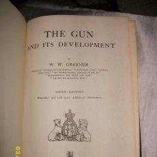 Militaria: THE GUN AND ITS DEVELOPMENT 1972. Lote 49657711