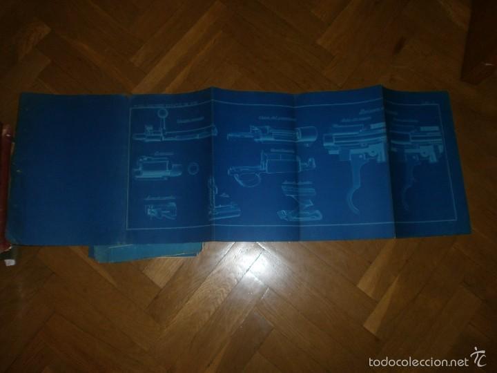 Militaria: Fusil Mauser español modelo 1983 11 láminas cartulina blanca fondo azul dibujos en blanco 97 x 32 cm - Foto 3 - 57198543