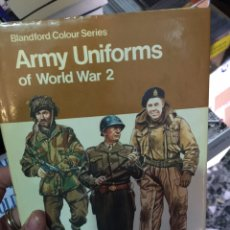 Militaria - Army uniforms of the world war two - 103686128