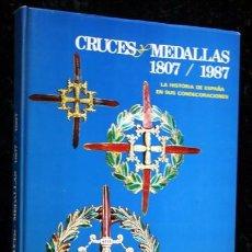 Militaria: CRUCES Y MEDALLAS 1807 / 1987 - CONDECORACIONES - CON FOTOGRAFIAS - CALVO PASCUAL. Lote 104071175