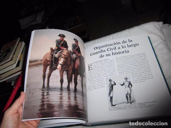 Militaria: ATLAS ILUSTRADO DE LA GUARDIA CIVIL.EDUARDO MARTINEZ VIQUEIRA.SUSAETA - Foto 10 - 105591699