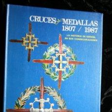 Militaria: CRUCES Y MEDALLAS 1807 / 1987 - CONDECORACIONES - CON FOTOGRAFIAS - CALVO PASCUAL. Lote 120221931