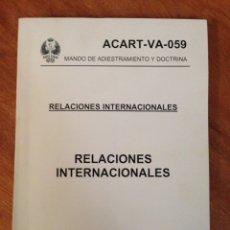 Militaria: MANDO DE ADIESTRAMIENTO Y DOCTRINA - RELACIONES INTERNACIONALES. Lote 137456954