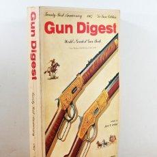 Militaria: LIBRO ANUARIO DE ARMAS USA: GUN DIGEST 1967, DBI BOOKS 400 PAG, PISTOLA, FUSIL, RIFLE, ESCOPETA. Lote 148054430