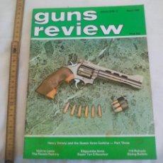 Militaria: GUNS REVIEW VOLUME 24 NO. 3 MARCH 1984. REVISTA DEL REINO UNIDO, DE ARMAS, PISTOLAS, RIFLES.... Lote 149976650