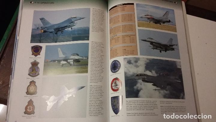 Militaria: The AirForces Book of the F-16 Fighting Falcon - Foto 8 - 49304926