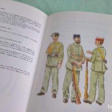 Militaria: GUARDIA CIVIL ..UNIFORMES , HISTORIA..MUY ILUSTRADO. Lote 162707726