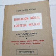 Militaria: INSTRUCCION MILITAR - MANUAL DEL CABO DE COMPLEMENTO - LUIS PUMAROLA ALAIZ AÑO 1945. Lote 168507453
