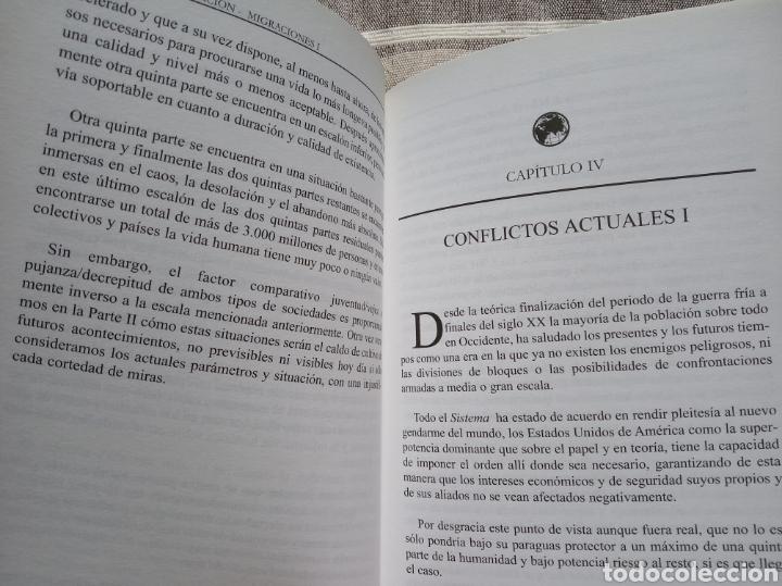 Militaria: Pareja libros politica.ecologismo.monarquia.transicion.falange.comunista.anarquista.socialista.efect - Foto 2 - 176158807