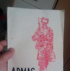 Militaria: RARA REVISTA ARMAS 1956 TROPAS DE MONTAÑA MIRAR ENTERA PERFECTA. Lote 195133895