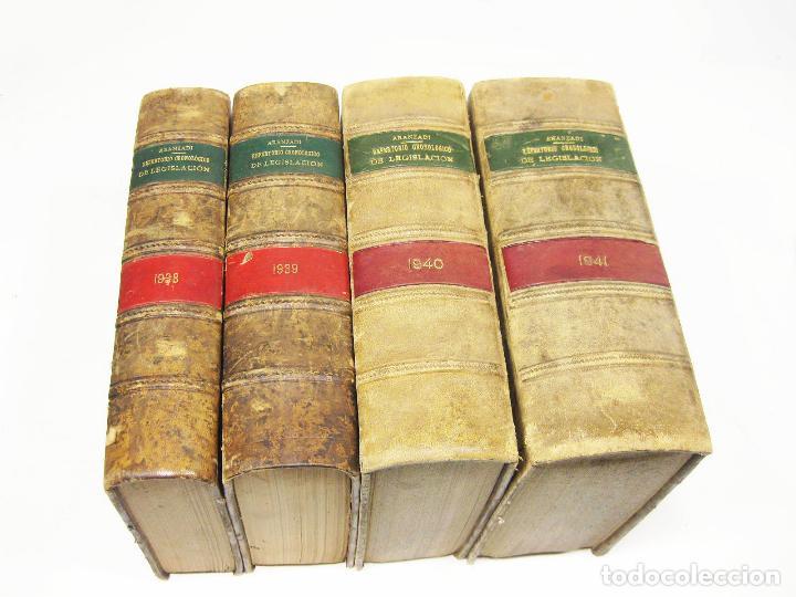 4 TOMOS DE LEGISLACION ARANZADI CORRESPONDIENTES A LA GUERRA CIVIL Y POSTGUERRA - 1938 A 1941 (Militar - Libros y Literatura Militar)