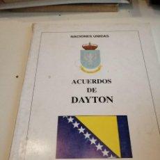 Militaria: G-EST18 LIBRO ACUERDOS DE DAYTON NACIONES UNIDAS . Lote 199319881