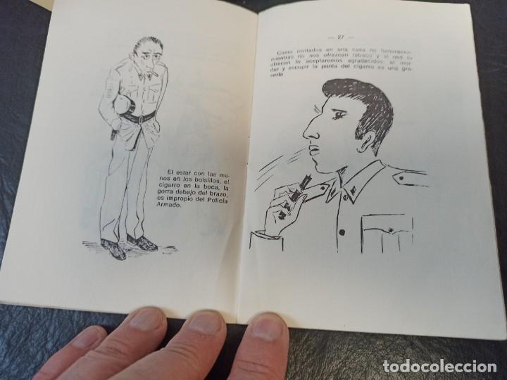 Militaria: Lote manuales Policía Armada. L1 - Foto 4 - 248714135