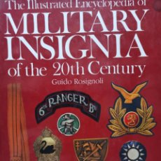 Militaria: GUIDO ROSIGNOLI MILITARY INSIGNIA OF THE 20TH CENTURY LIBRO DE INSIGNIAS MILITARES. Lote 258998935