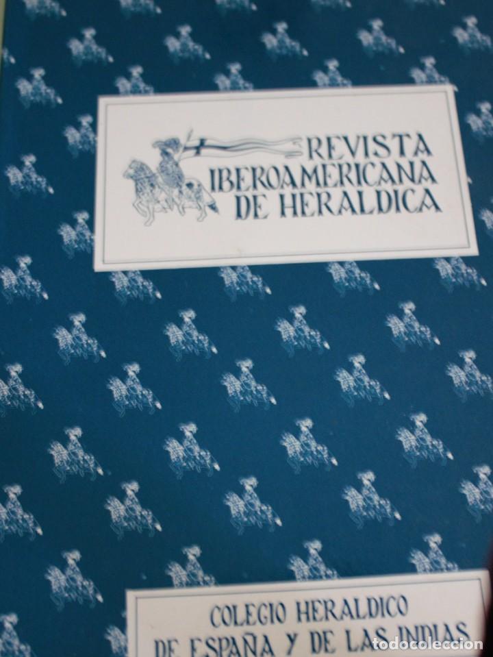 REVISTA IBEROAMERICANA DE HERALDICA - COLEGIO HERALDICO DE ESPAÑA Y DE LAS INDIAS Nº4 (Militar - Libros y Literatura Militar)