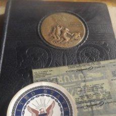 Militaria: II GUERRA MUNDIAL US NAVY IN ACTION ALBUM FIRMAS ALMIRANTES US NAVY. Lote 292292413