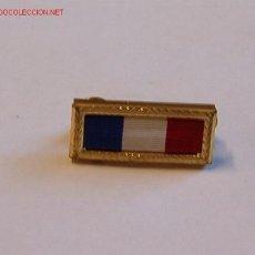 Militaria: PASADOR MEDALLA. Lote 54539261