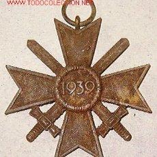 Militaria: MEDALLA MÉRITO MILITAR, CON ESPADAS, SIN CINTA. Lote 4036553