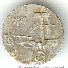 Militaria: ALEMANIA TERCER REICH PLACA DE PECHO PRIMERO DE MAYO 1936. Lote 26895759