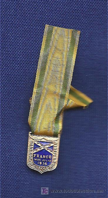 MEDALLITA MUTILADO CON CINTA ANTIGUA Y PASADOR EPOCA DE FRANCO (Militar - Reproducciones y Réplicas de Medallas )
